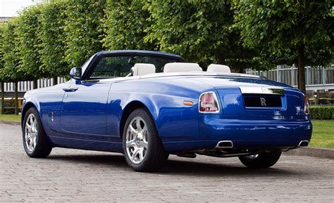 roll royce london one off rolls royce drophead coup 233 created for masterpiece