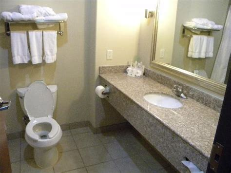 rest room rest room picture of inn express hotel suites pecos pecos tripadvisor