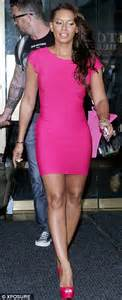 Mel Dres Pink afi 36 2903 changes newhairstylesformen2014