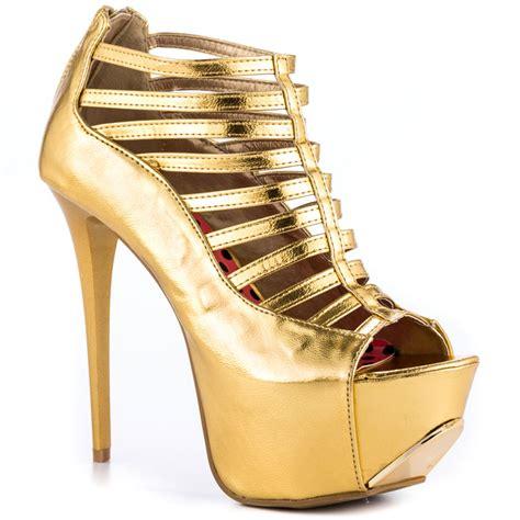 this year s trend golden attire for wardrobelooks