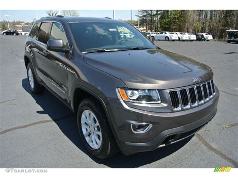jeep granite crystal metallic 2014 granite crystal metallic jeep grand cherokee laredo