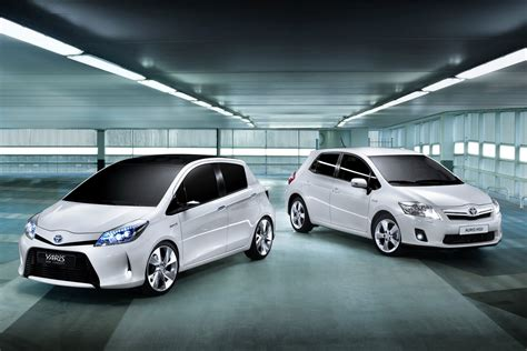 Lu Yaris toyota shows yaris hsd concept in geneva production model to follow in 2012 carscoops