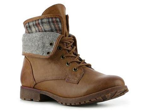 rock and spraypaint boots rock spraypaint combat boot dsw