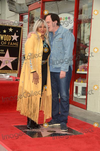 quentin tarantino pam grier samuel pam grier pictures and photos