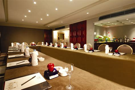 Hotels With Conference Rooms by Office Meeting Room Designs