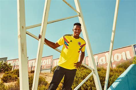 Jersey Kolombia 2018 World Cup 2018 colombia 2018 world cup jersey revealed soccer365