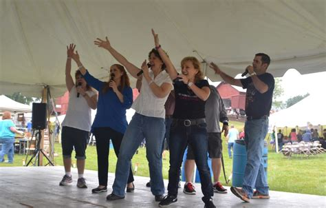 swing choir entertainment wyalusing valley wine festival