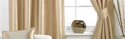 curtain cleaning service pros cons on hiring curtain cleaning service