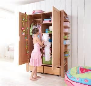 armoire pour enfants 2 portes matti haba secret de chambre