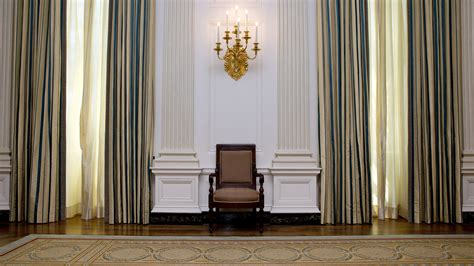 White House State Dining Room A 590 000 Makeover For The White House S State Dining Room La Times