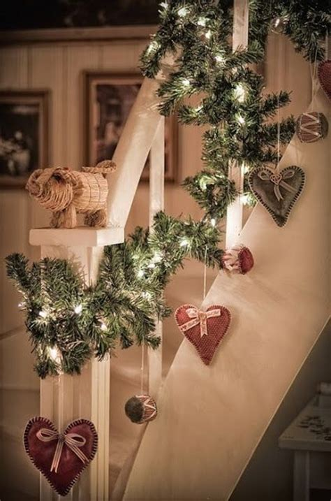 Decorating Banisters For Christmas 30 Adorable Indoor Rustic Christmas D 233 Cor Ideas Digsdigs