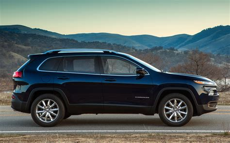 cherokee jeep 2014 2014 jeep cherokee first look truck trend