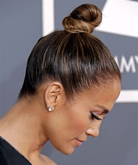 j lo ponytail hairstyles jennifer lopez top knot hairstyles pinterest