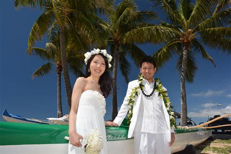 bd wc bridal hawaii planning weddings every day