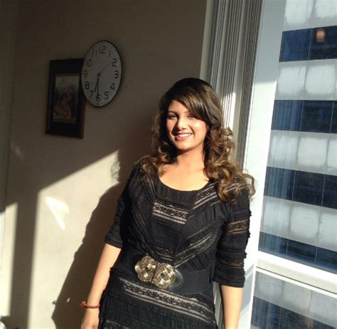Now Wouldnt You Like To Look Like This At 5 Months by Omg You Wouldn T Believe How Rambha From Judwaa Looks