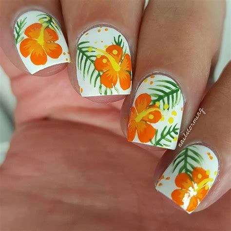 hibiscus nail art tutorial 411 best images about manicure on pinterest accent nails