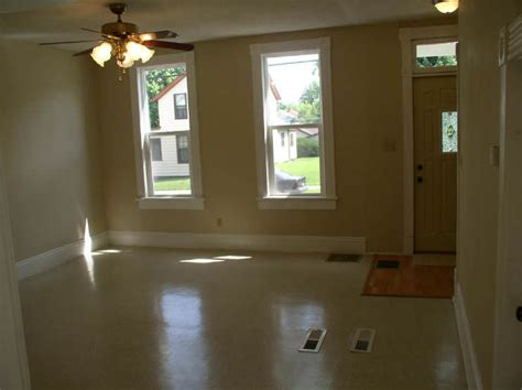 daylight basement ideas and options solid brick 2 or 3 bed fort wayne home w daylight basement