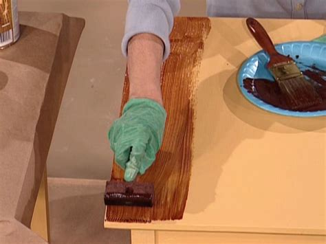 Holzmaserung Nachbilden by How To Paint A Faux Wood Grain How Tos Diy