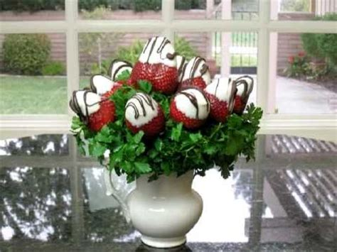 Chocolate Covered Strawberry Decorating Ideas by Decorate Chocolate Covered Strawberries Quot