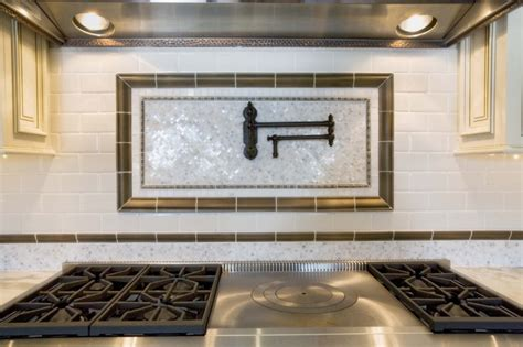White Kitchen Cabinets With Backsplash by Tile Backsplash Ideas For Kitchens Kitchen Tile