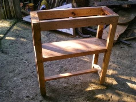 Meja Setrika Kayu perabot kayu sederhana simply wood furniture meja setrika ironing table