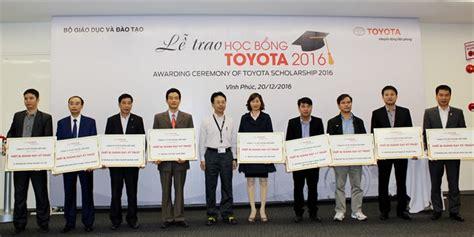 Toyota Scholarship Toyota Grants Scholarships To Excellent Students Society