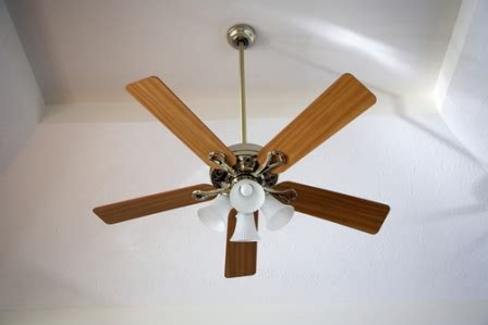 ceiling fans heating efficiency can ceiling fan direction really enhance your home s