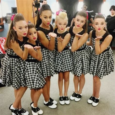 where are the dance moms kids now cuties they look so cute in their dance outfit i think