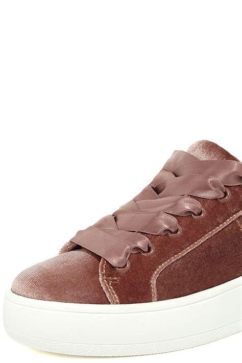 steve madden bertie v sneakers blush sneakers velvet sneakers 59 00