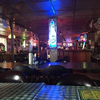 pass time fish house passtime fish house 27 photos 37 reviews seafood restaurants 10801 locust rd
