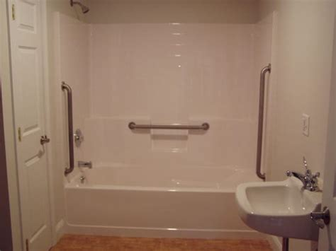 Handicap Shower Bars by 6 Foot Tub And Shower W Handicap Grab Bars Yelp