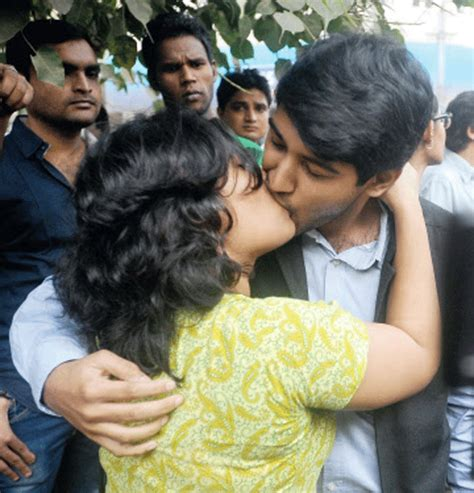 images of love and kiss the kiss of love caign the times of india
