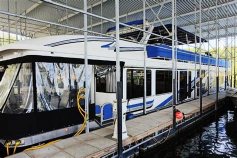 table rock lake houseboats 2002 sumerset houseboats 18x85 table rock lake missouri