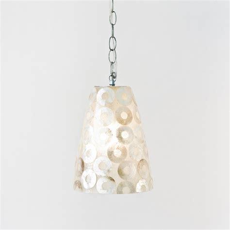 Shell Pendant Lights Worlds Away Ringo Capiz Shell Pendant Traditional Pendant Lighting By Candelabra