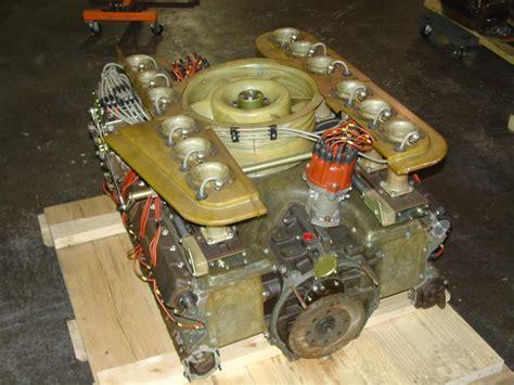 16 Vase Porsche 917 Engine 3