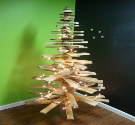tree made with lights wooden tree with lights 28 images diy tree l pallet