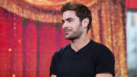 zack scow zac efron talks about the greatest showman and runs