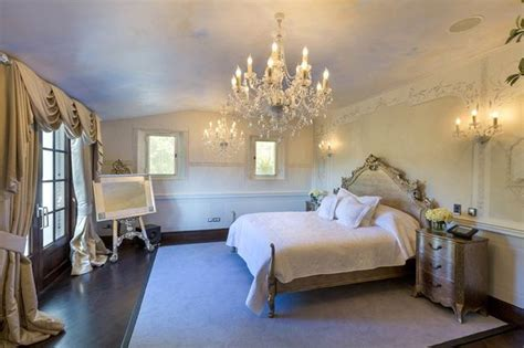 beckham home interior see inside david and beckham s 163 2 4million mansion in as they look set to lose