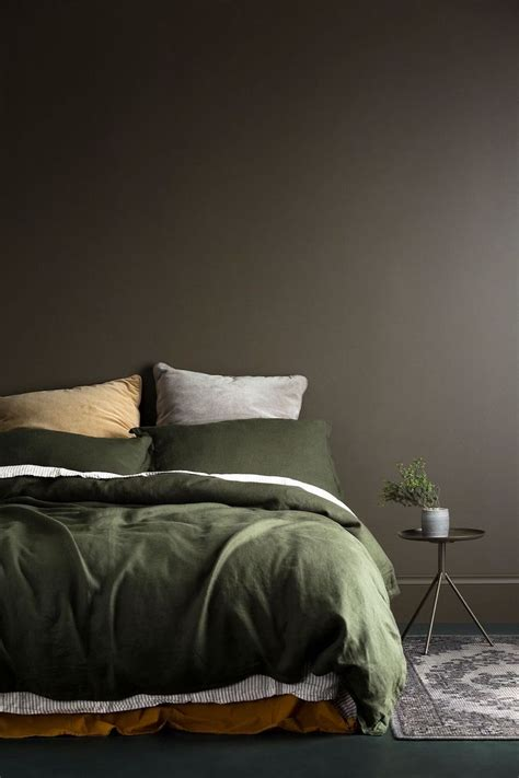bedroom with no bed best 25 olive green bedrooms ideas on pinterest olive