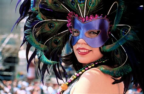 how to make mardi gras how to make a mardi gras mask