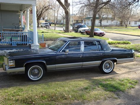 1990 cadillac brougham specs 1990 cadillac brougham pictures information and specs