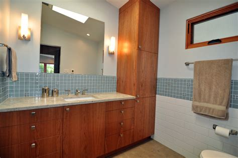 Mid Century Modern Master Suite Midcentury Bathroom Seattle By Ventana