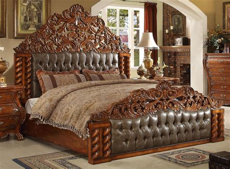 Homey Design HD 20131 Victorian Bed