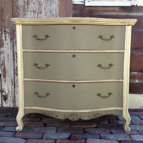 Using minwax to age painted furniture 171 furniture we ve painted