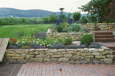 Natursteinmauer Selber Bauen by Trockenmauer Selber Bauen Trockenmauer