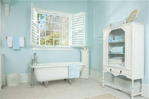 bagni provenzali bagni provenzali e piastrelle in nuance delicate e romantiche