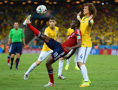 world cup match 2014 fifa world cup brazil advances past colombia neymar