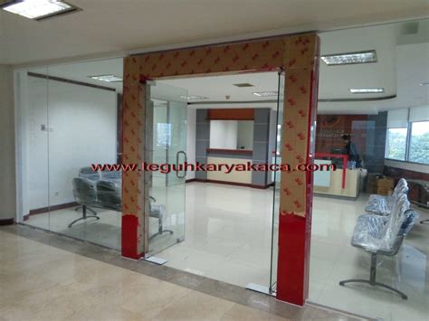Tempered Glass Pintu kusen aluminium pintu kaca tempered teguh karya kaca