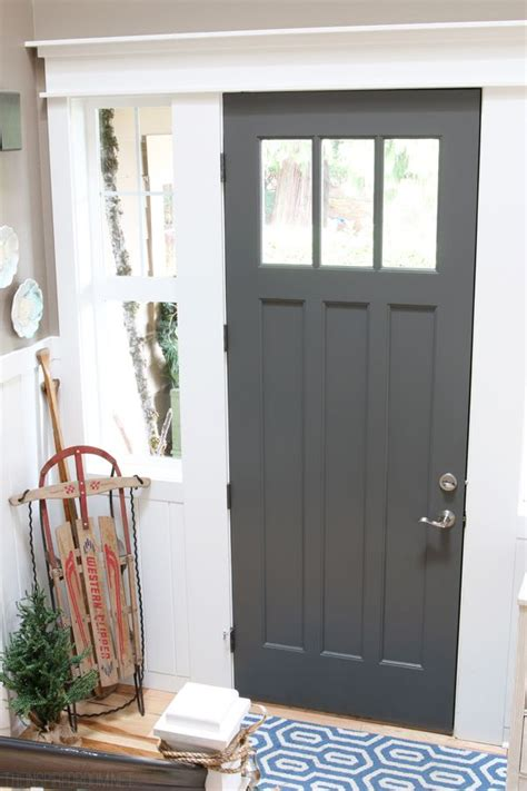 what color to paint interior doors 1000 images about hallway entry staircase ideas on