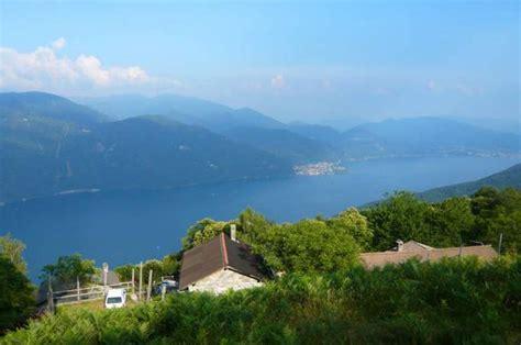 lago maggiore porto valtravaglia ausflugsziel lago maggiore in porto valtravaglia doatrip de